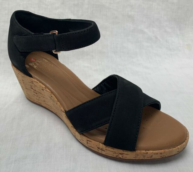 0eae5dab517 BNIB Clarks Unstructured Ladies Un Plaza Cross Black Nubuck Leather Wedge  Sandal