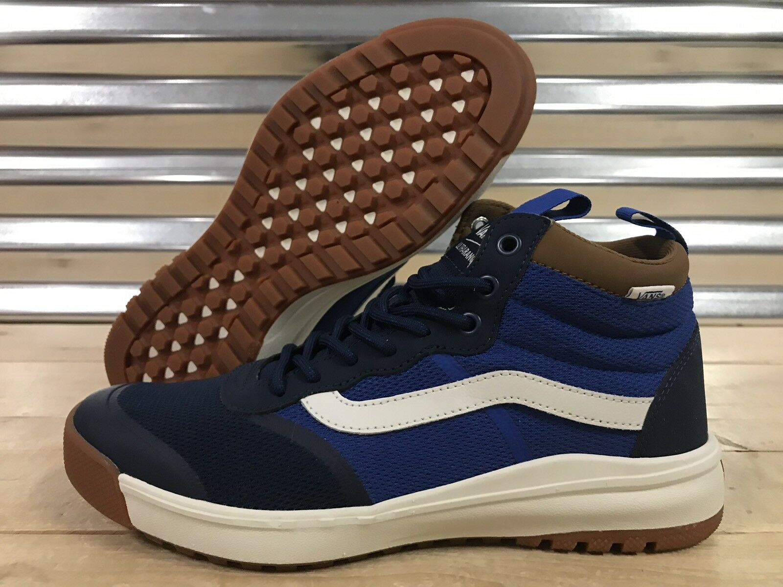 Vans UltraRange Hi DL MTE shoes Dress bluee Navy Brown Mens SZ 9 ( VN0A3WMFQ3V )