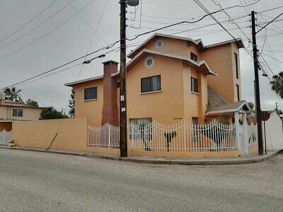 Casa en Renta en Valle Dorado