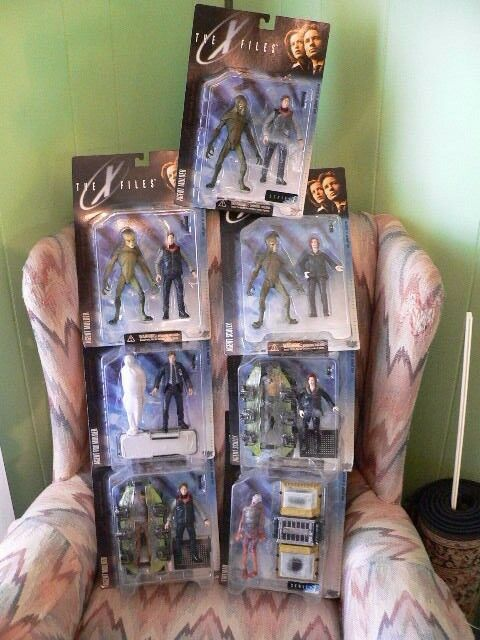1998 LOT 7 X Files Action Figures Series un agent Sculy Mulder Alien Comme neuf on Card