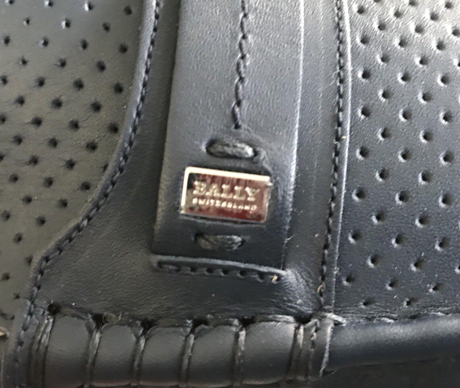 2018  Bally Pryce Azul Marino Controlador De Cuero EE. Perforado de EE. Cuero UU. hecho en Italia f54a1d