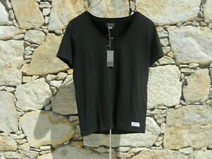 ACNE JEANS.  Short sleeve t-shirt / top.  100% Cotton.  BNWT.  Size: Small.