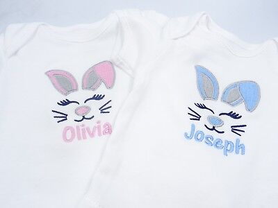 Personalised Embroidered SNOWMAN APPLIQUE 1ST CHRISTMAS BABY BIB VEST TSHIRT GRO