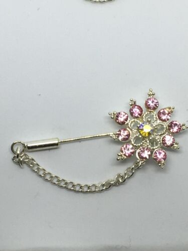 broche fantaisie chaîne aiguille fleur faux perle argenté couleur st valentin