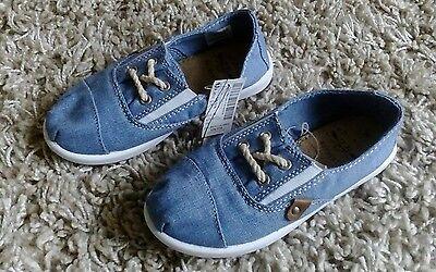 Próxima Cool Chicas Calidad Nuevo Resbalón en Zapatos Talla Uk 9 niños mirada Denim Azul BNWT