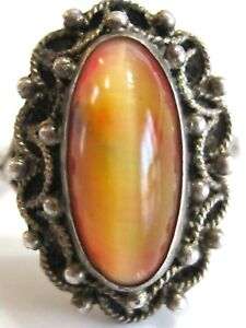 VINTAGE-925-STERLING-SILVER-PEACH-CAT-039-S-EYE-ART-GLASS-CANNETILLE-FILIGREE-RING