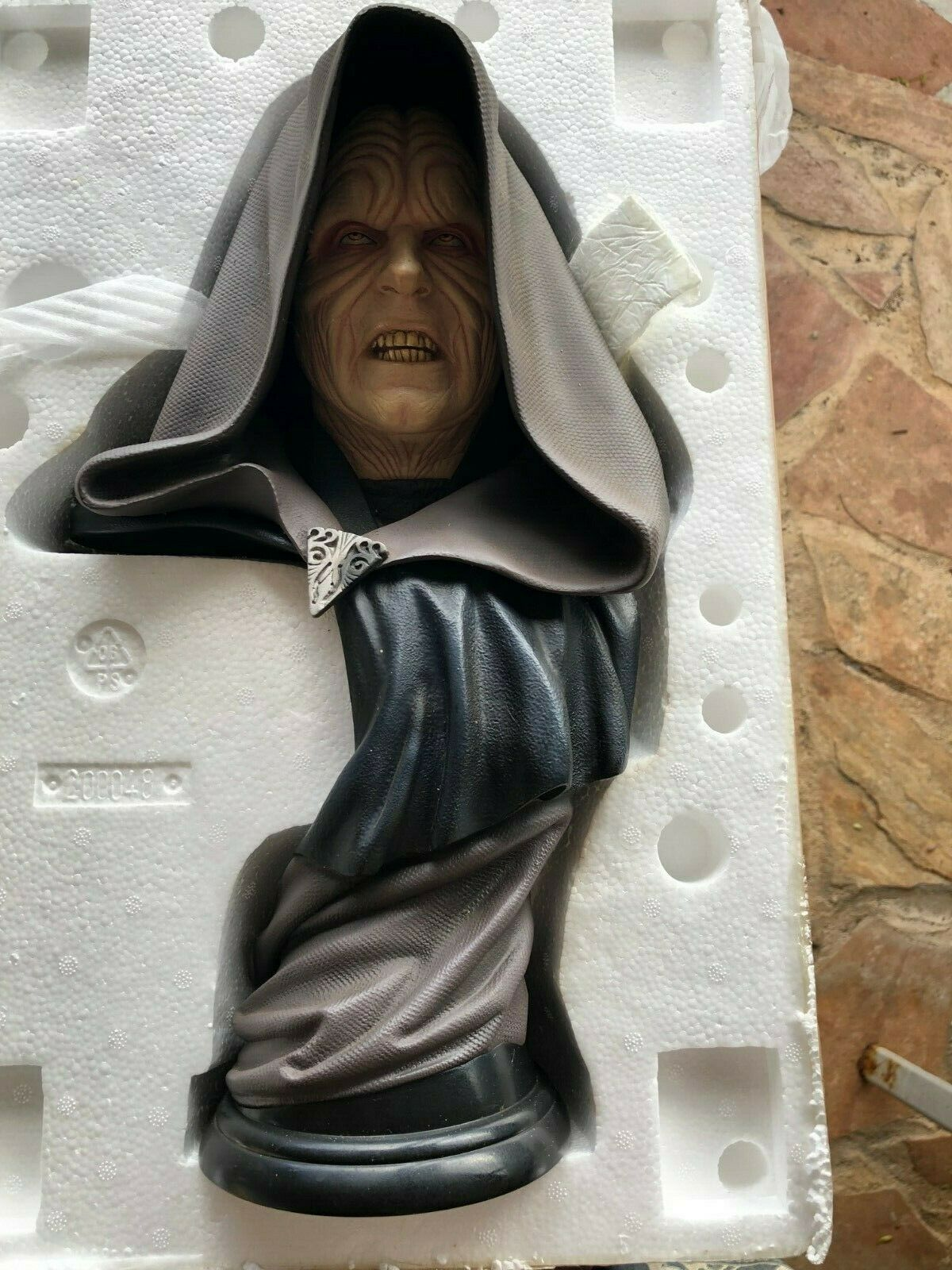 Sideshow legendary scale bust darth sidious 333 500
