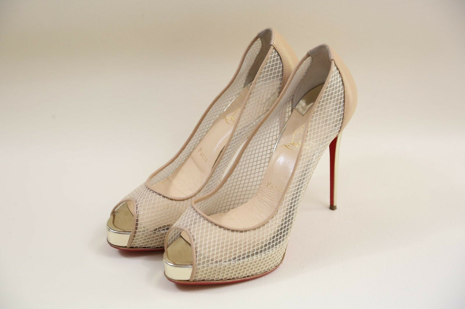 25 Christian Louboutin 'Very Rete' Mesh Pep Toe Pumps Size 39  RETAIL  965