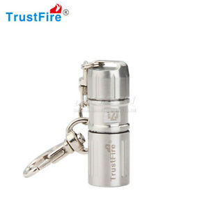 Mini lampe de poche DEL Rechargeable USB Lampe Torche Lampe Torche Keychain Lampe Poche Lanterne