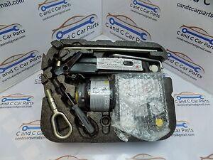 Mini-R56-R57-R59-COMPLETE-Spare-Wheel-Tool-Kit-Pump-toweye-6795816