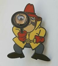 INSPECTOR CLOUSEAU WITH MAGNIFYING GLASS PINK PANTHER COLLECTORS PIN