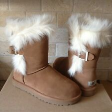 879119eb5f6 UGG Deena Boot Size 8   eBay