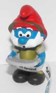 20777-Jungle-Adventure-Papa-Smurf-Figure-2016-Plastic-Miniature-Figurine