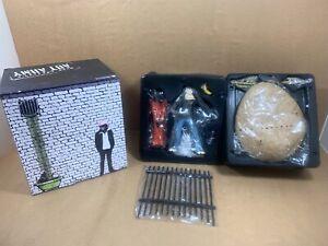 Rare-Banksy-Art-Army-Vinyl-Toy-Medicom-Leavitt-Kaws-Invader-Dismaland-Limited