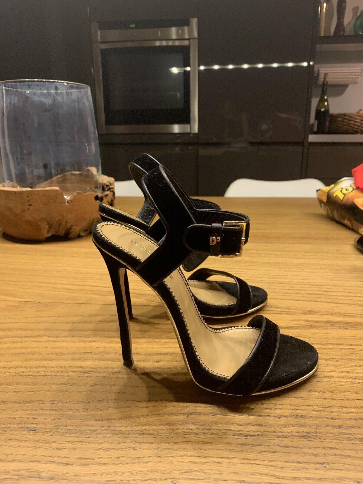 Dsquarojo 2 sandalia, GR 36, terciopelo, np 729,00 euros, impecable, blogueros Style