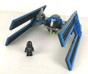 LEGO-Star-Wars-10131-Droid-Tie-pilot-complet-no-plan-2004