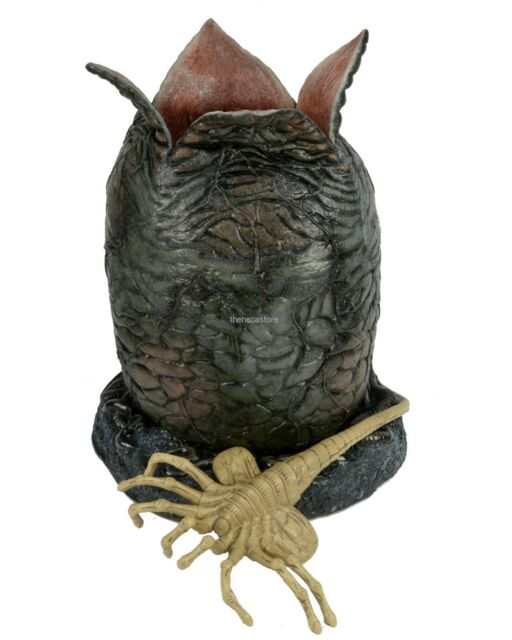 Alien Egg and Facehugger life-size Foam and Latex Prop Replica - NECA