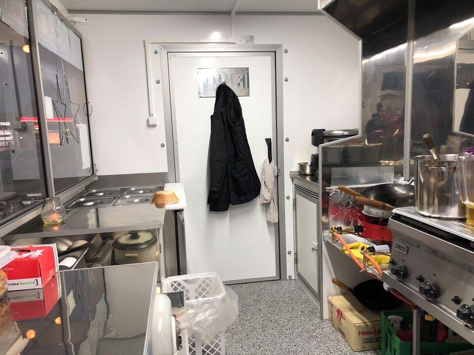 Food  Trailer ny. Nu 175.000 kr.