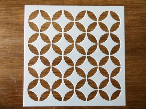 INTERTWINED CIRCLES STENCIL 130mm x 130mm