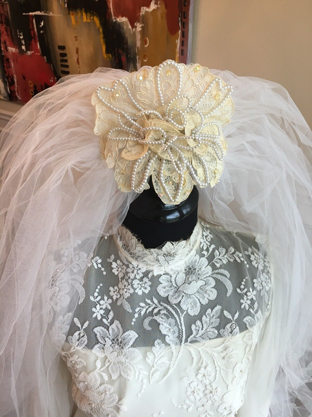 Wedding Dress Gown Complete with Lace, Veil And V… - image 4