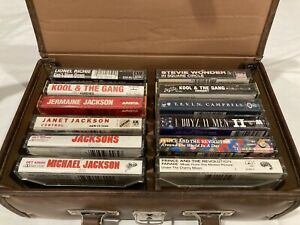 80s-R-amp-B-Cassette-Tape-Lot-12-tapes-with-carrying-case-Michael-Jackson-Prince