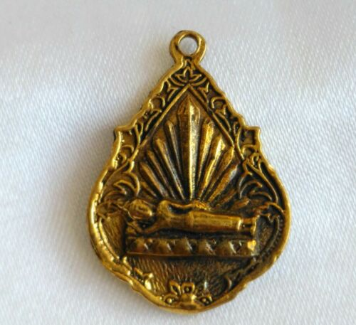 Pendant Talisman Phra Kaew Morakot LP Amulet mascot Yant Brass Thai Protection