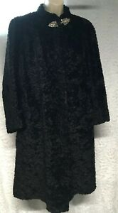 Three Sisters Black Soft Faux Fur Vintage Coat Lined Size M Rose Roses Clasp