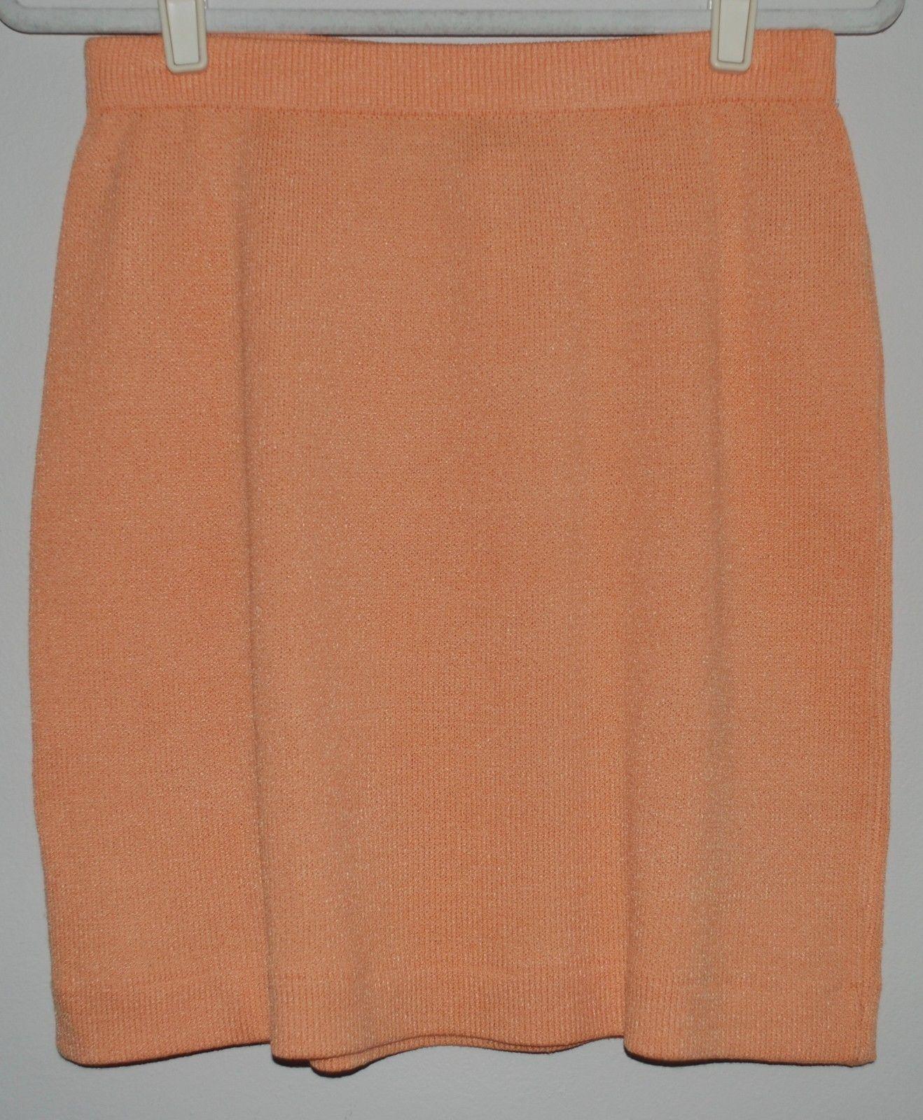 ST. JOHN COLLECTION - Santana Knit Skirt Size 8 - Sherbet orange - Pull On Style