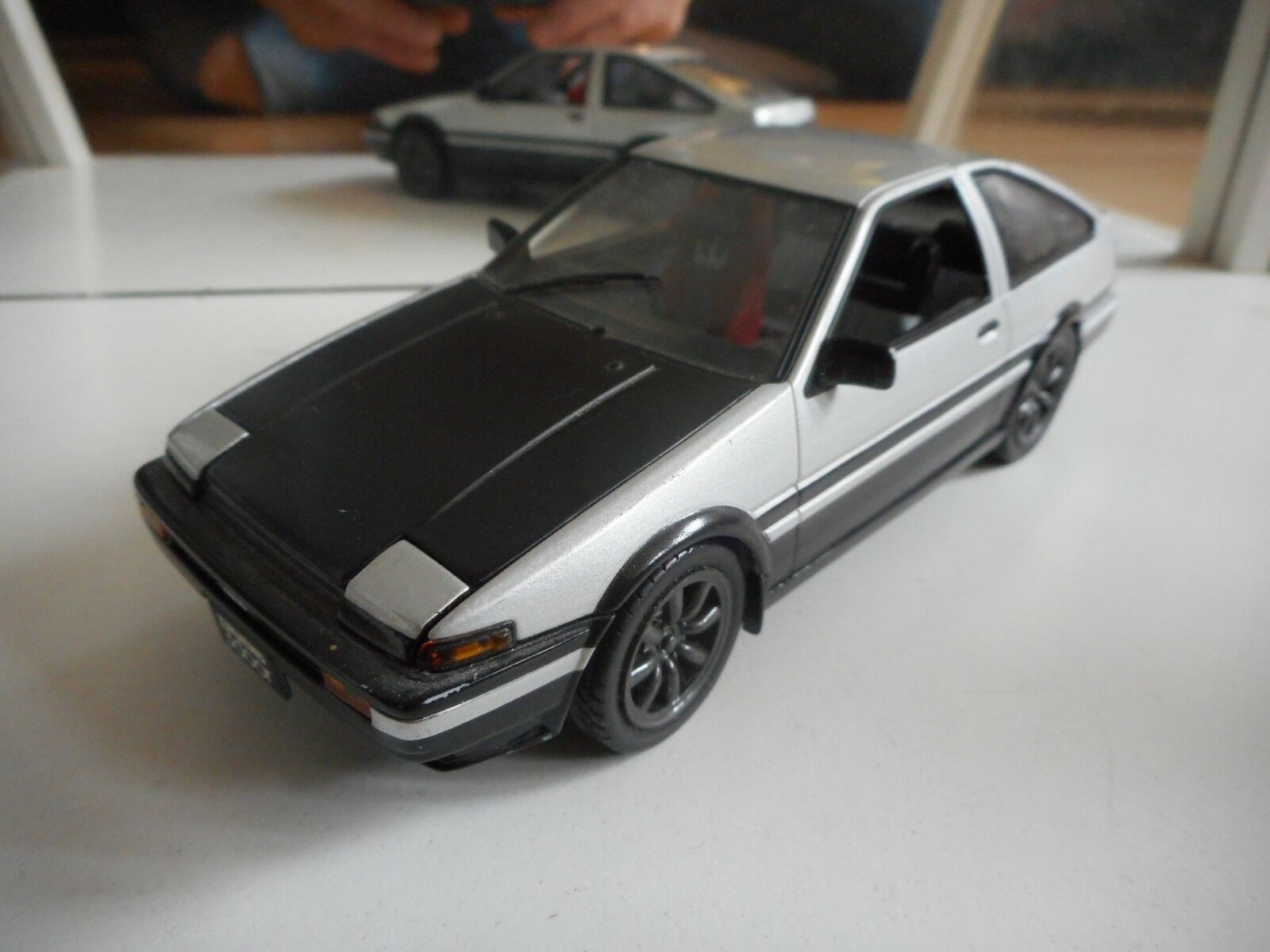 Hotworks Toyota Trueno (AE86 2018) in Gris on 1:24