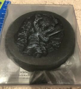 Paul-Henderson-Team-Canada-Iconic-Moment-Carved-in-Puck-HockeyMonument-Project