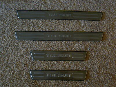 Door Sill Plates Stainless TO FIT HYUNDAI TUCSON 2008- 2013 - AFTERMARKET PART