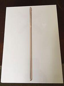 New-iPad-Pro-9-7-128-gb-Gold-Wifi