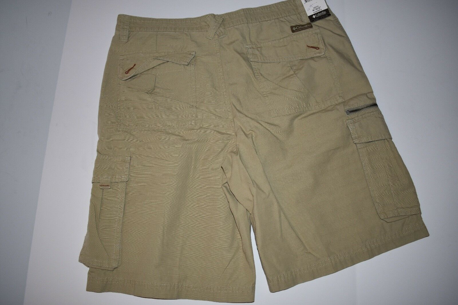 Columbia Sports Mens Size 34 Inseam 11  Multi-Use Cargo Shorts NWT