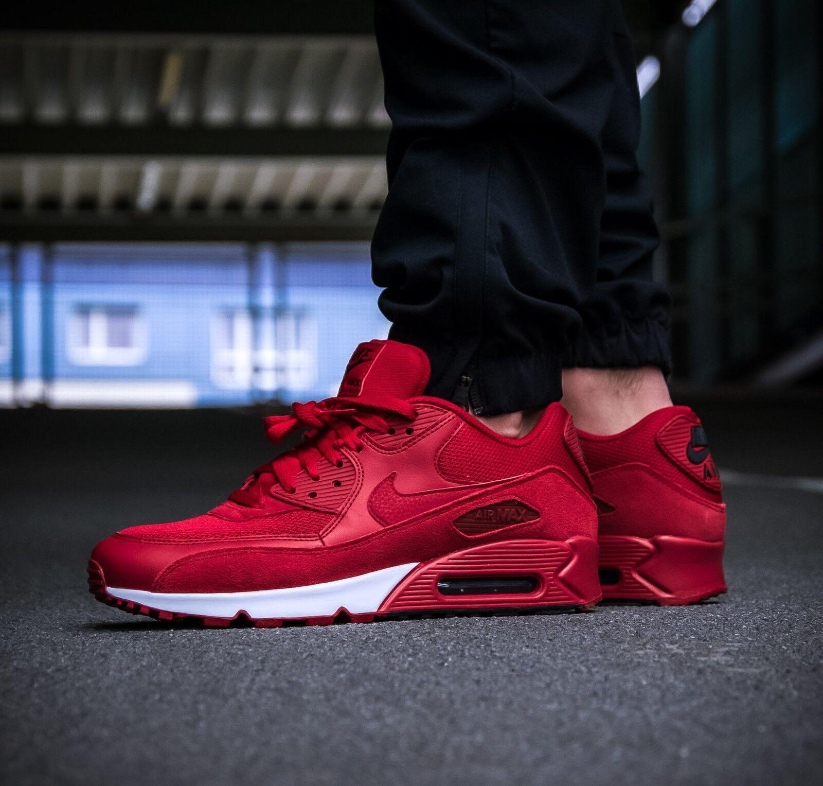 Mens Nike Air Max 90 Essential Sneakers New Gym Red   Black 537384-604