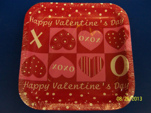 """Crafty Hearts Red Pink Valentine/'s Day Holiday Party 7/"""" Paper Dessert Plates"""
