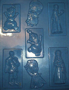 SEVEN-MEDIUM-SIZED-DISNEY-FROZEN-CHARACTERS-CHOCOLATE-MOULD-OR-PLASTER-MOULD