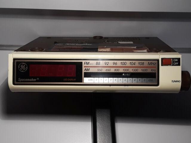 Vintage Ge Spacemaker Led Clock Am Fm Radio Under Cabinet 7 4212a