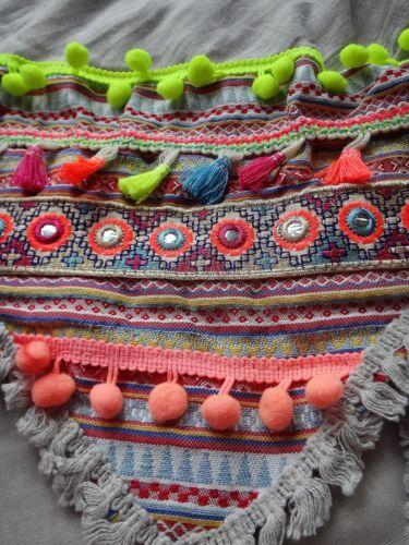 XL Viereck Tuch Schal Quasten Pompom Ethno Fransen Hippie schwarz grau BUNT NEU