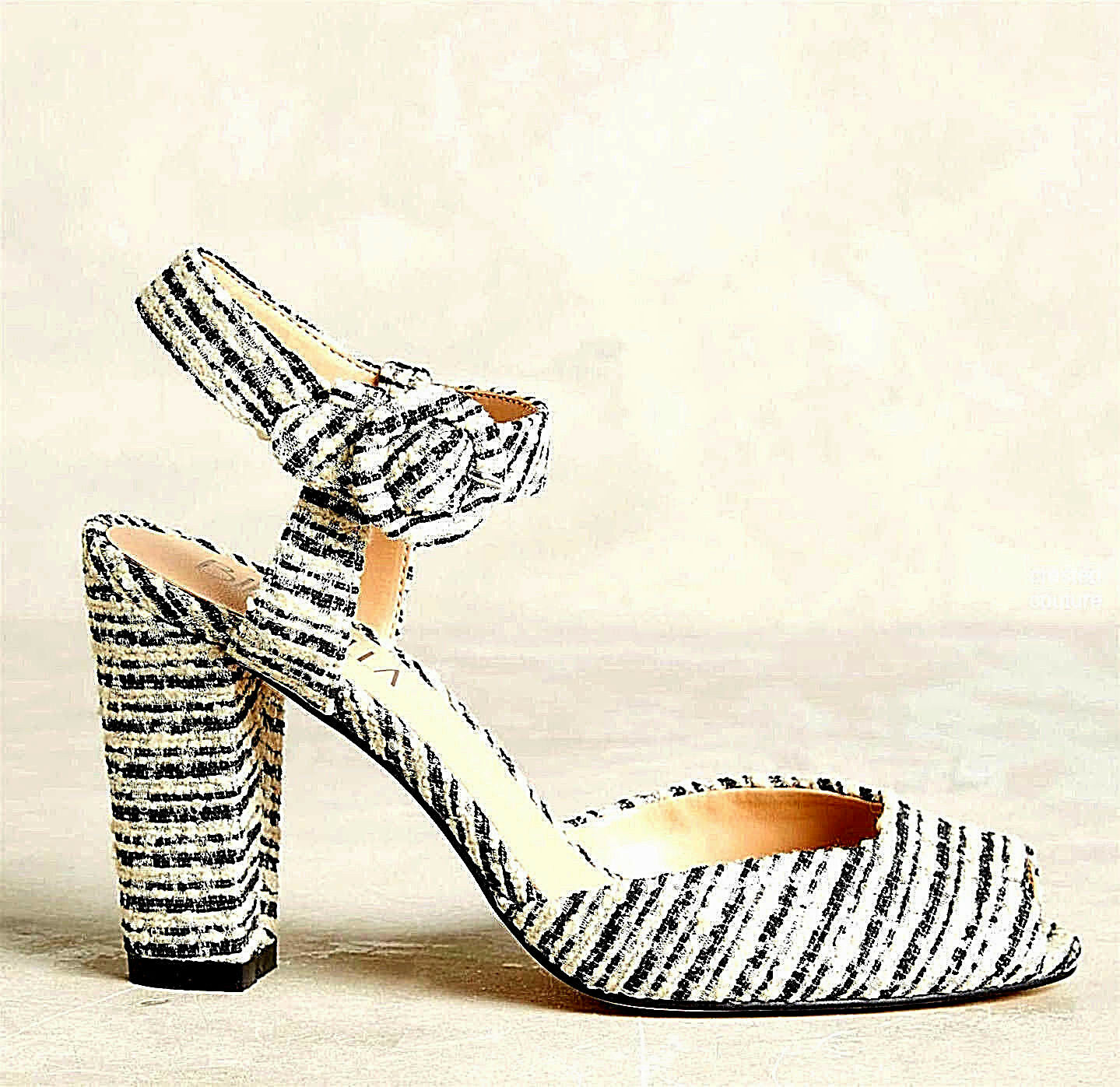NEW NIB  148 ANTHROPOLOGIE CC COUTURE STYLE BLACK & & & IVORY BOUCLE PEEPTOE HEELS 125bc9