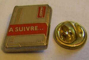 COMPAQ-COMPUTER-LAPTOP-a-suivre-vintage-pin-badge