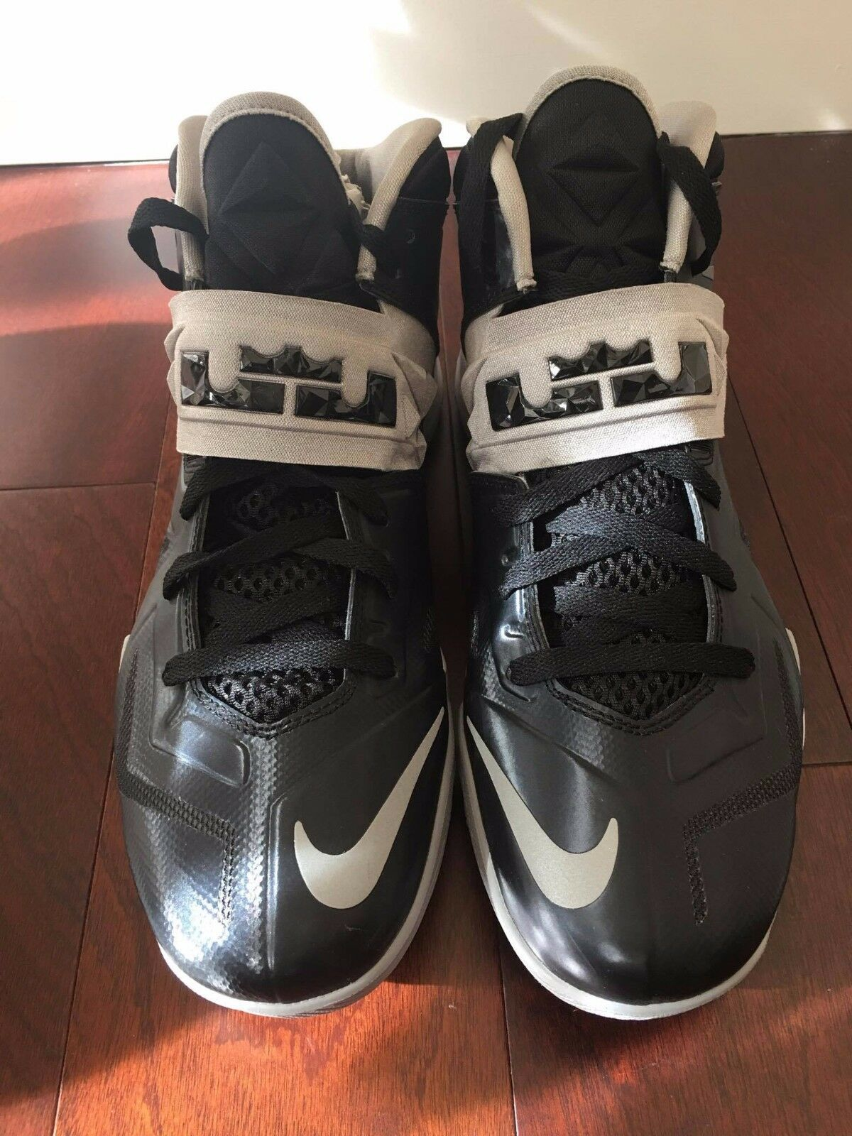 NIKE ZOOM SOLIDER VII SIZE 10.5