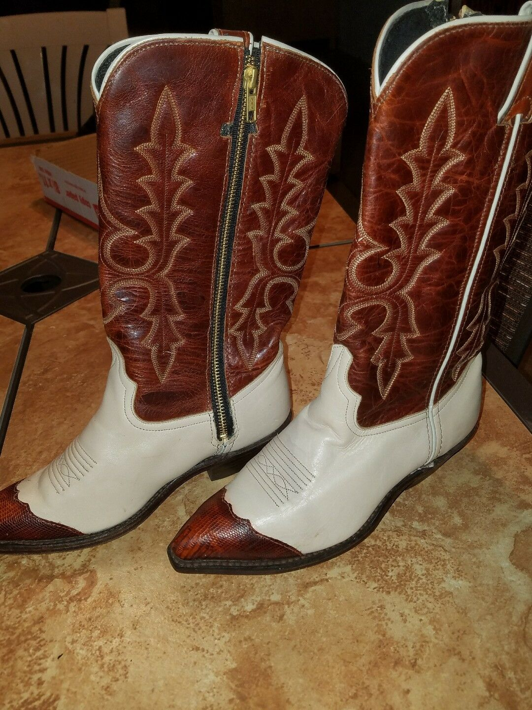 Code West Size 6 M US Women's TWO TONE Leather Western Cowgirl Boots