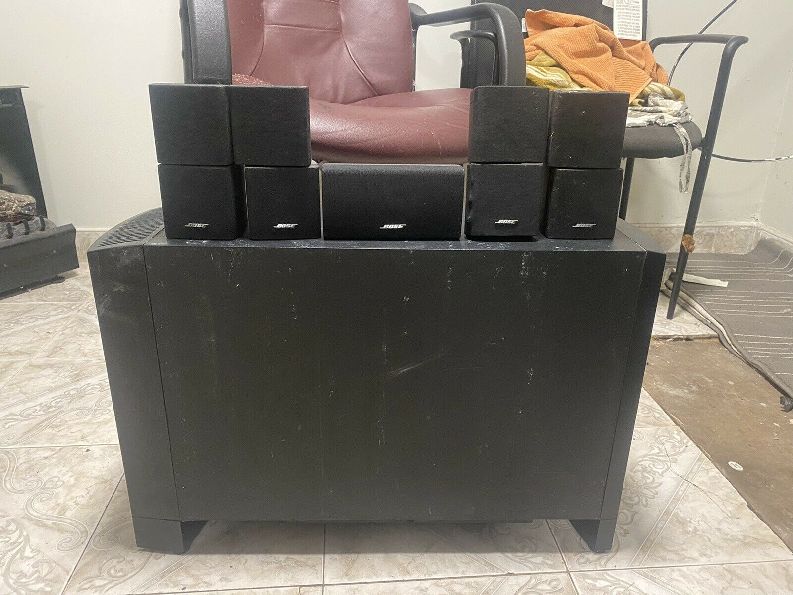 Bose 5.1 Surround Sound Home Theater System Speakers Used Black. Buy it now for 450.00