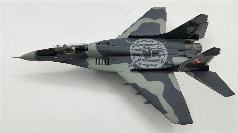JC Wings JCW72MG29003-MIG-29 FULCRUM, Polish Air Force kosciuzkos ESC Display