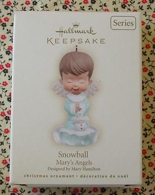 Hallmark 2007 Mary's Angel Ornament #20 in Series Snowball Praying Christmas