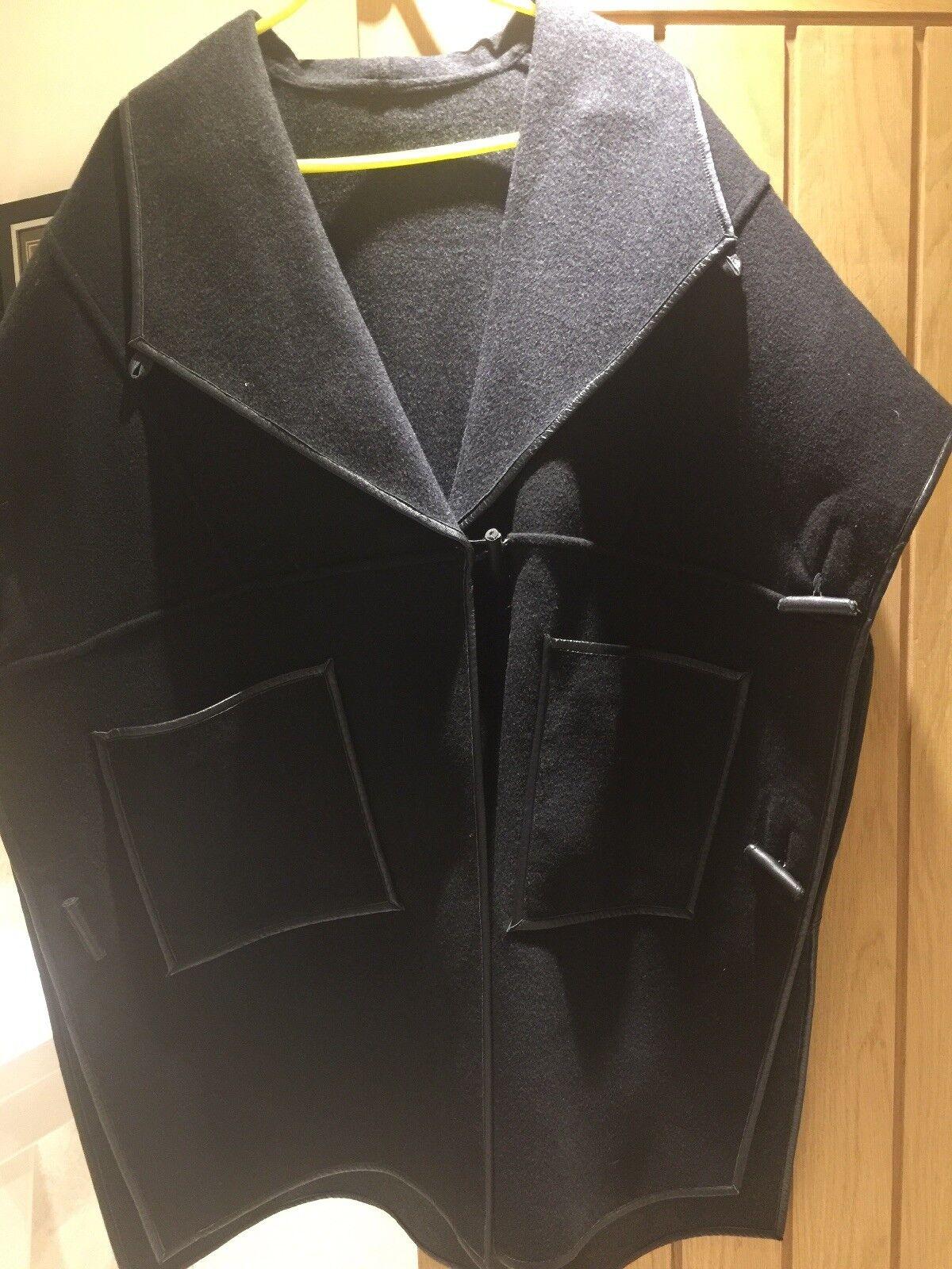 LK Bennett Ladies Reversable Wool Cape XL XXL