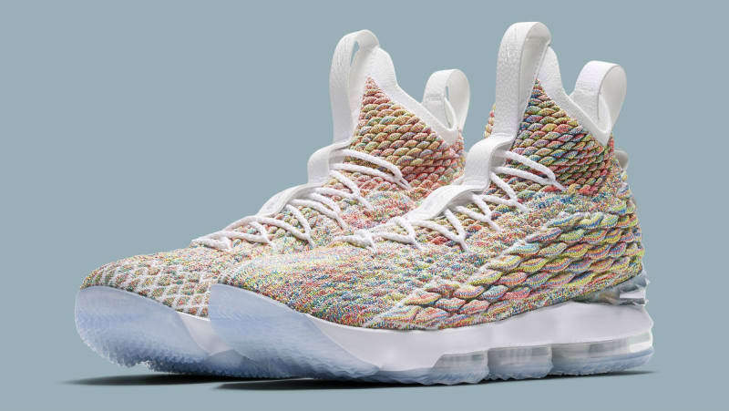 Nike Cereal LeBron XV 15 Cereal Nike Fruity Pebbles Multi-Color size 13. 897648-900. cee0b5