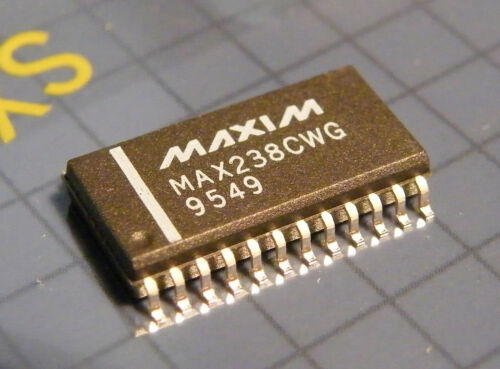 MAX238CWG 5V Multichannel RS-232 Driver//Receiver SMD Maxim