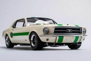 1967-Ford-Mustang-1-Ian-Geoghegan-ATCC-CHAMP-1-18-Resin-by-Biante-LE-of-450