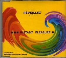 (CF46) Instant Pleasure, Reveillez - 2002 CD